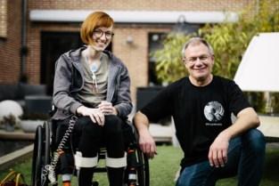 """Lisa lijdt aan zeldzame ziekte EDS: """"Zelfs dokters dachten vroeger dat het tussen mijn oren zat"""""""