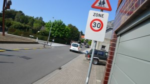 """Minister Lydia Peeters (Open VLD) pleit voor lokaal maatwerk: """"Zone 30 veralgemenen in onveilige straten, niet in hele bebouwde kom"""""""
