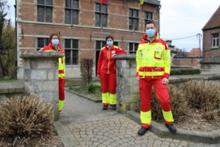 """Rode Kruisafdelingen fuseren om door coronapandemie te geraken: """"Onze werking ligt volledig stil, behalve de bloedgiften"""""""