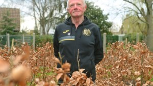 """Wolvertemnaar Herman Eeckhout altijd present bij paars-wit: """"Telkens de oudste op het wedstrijdblad"""""""