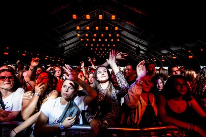 """Testevent in Hasselt uitgesteld door stijgende coronacijfers: """"Als het niet voor de zomerfestivals is, dan wel voor andere evenementen"""""""