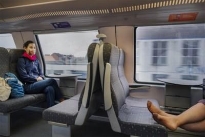 'Raamregel' op de trein: wat als er geen plaats meer is en hoe gaan ze dat organiseren?