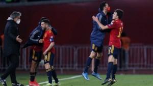 Spanje kruipt door het oog van de naald tegen Georgië, Denemarken houdt schietoefening tegen Moldavië