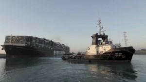 Suezkanaal geblokkeerd: het containerschip Ever Given is los en opnieuw aan het varen