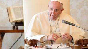 Vaticaan straft twee Poolse bisschoppen voor nalatigheid in strijd tegen seksueel misbruik