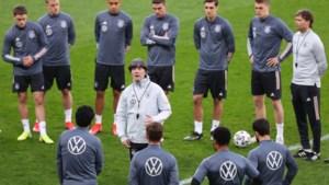 Duitse bondscoach Joachim Löw vraagt dat spelers worden gehoord in zoektocht naar zijn opvolger