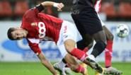 Standard-verdediger Zinho Vanheusden traint voor het eerst in vijf maanden weer buiten na kruisbandblessure