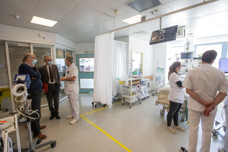 Helft bedden intensieve zorg UZ Gent volzet: nood aan spreidingsplan