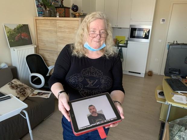 """Anny (65) werd voor 120.000 euro opgelicht door online liefde: """"Ik zoek nog contact, maar nu om hem in de gevangenis te krijgen"""""""