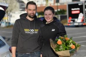 """Kieran De Fauw, vriend en ook trainer van Lotte Kopecky: """"Ze zit rustiger op de fiets"""""""