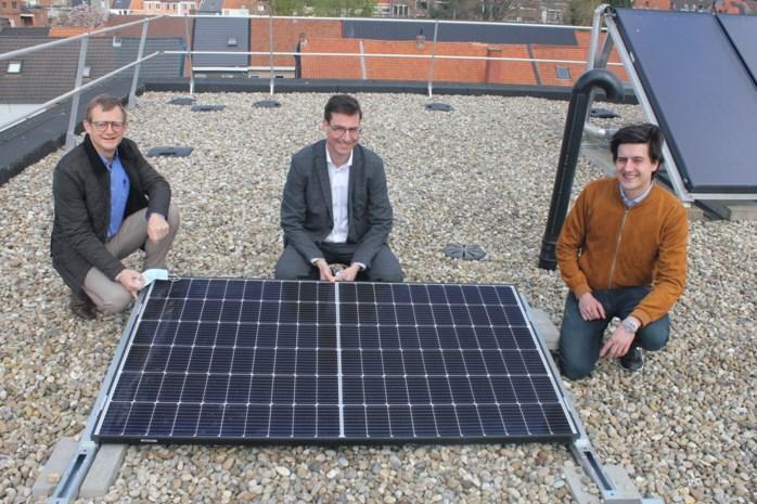 """Woonzorgcentra krijgen meer dan 2.700 zonnepanelen: """"Energiekosten zullen met 125.000 euro per jaar dalen"""""""