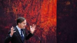 Politieke chaos in Nederland: premier Mark Rutte overleeft motie van wantrouwen, maar staat zwaar onder druk