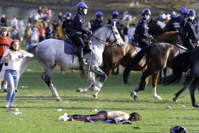 Zware balans na rellen bij 'La Boum' in Ter Kamerenbos: was de aanpak van de politie de juiste?
