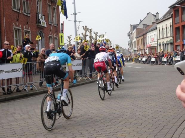 Het blijft akelig stil rond Vlaanderens Mooiste: zelfs Dorp van de Ronde weet amper dat koers daar zondag passeert