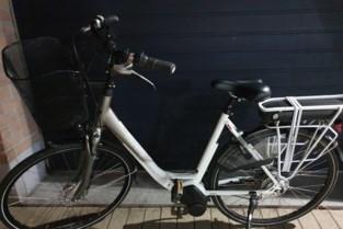 Dief vlucht voor politie in Maaseik en laat gestolen fiets achter