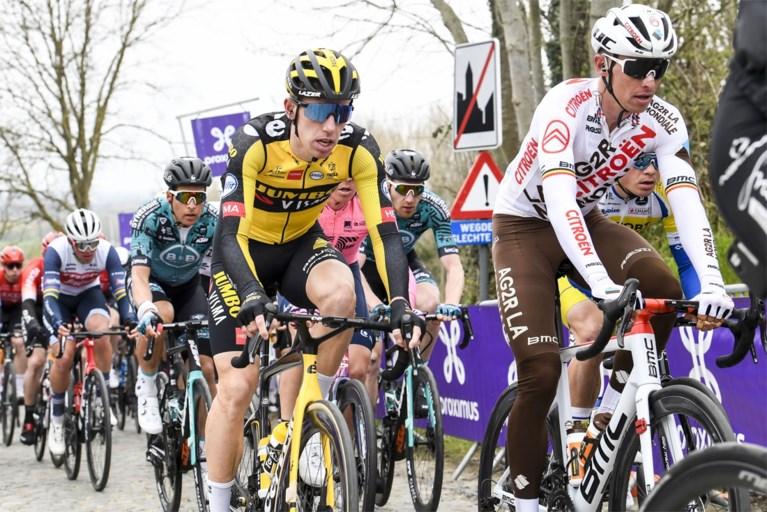 """Wout van Aert kon Van der Poel en Asgreen niet volgen in Ronde van Vlaanderen: """"Dit moet even bezinken"""""""