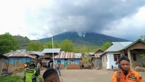 Minstens 18 doden en 62 vermisten na aardverschuiving Indonesië