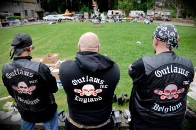 Na vondst van groot wapenarsenaal bij motorbende Outlaws: was er een nieuwe bendeoorlog op til?
