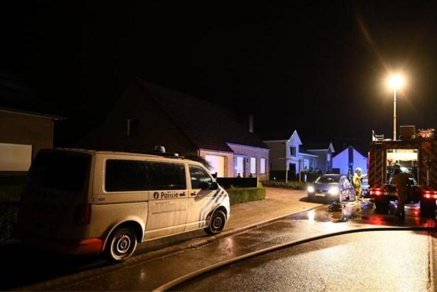 Kortsluiting in elektriciteitskast veroorzaakt brandje in garage
