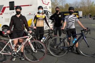"""'ZIJ AAN ZIJ' verhoogt de instroom in het vrouwenpeloton: """"We laten meisjes het plezier van het wielrennen ontdekken"""""""
