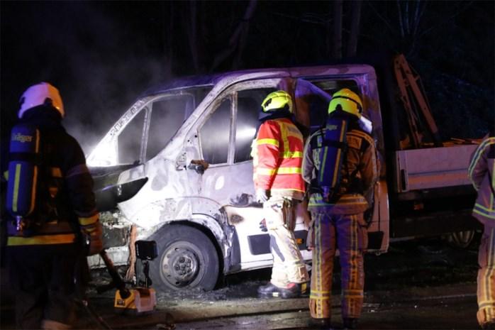 Auto brandt uit in buurt waar al brandstichting plaatsvond