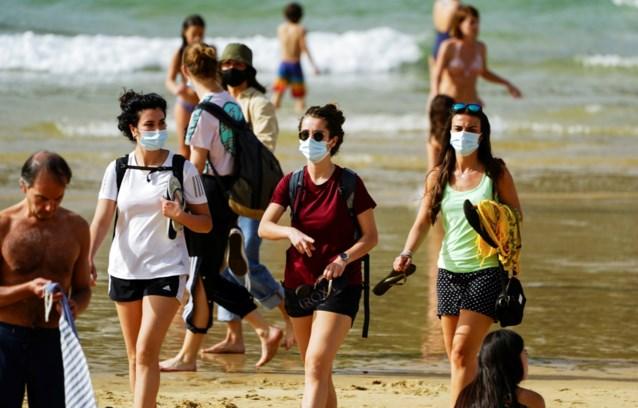 Mondmasker niet meer verplicht op Spaanse stranden