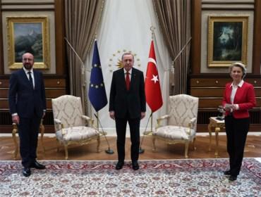 """Ophef na vernedering Von der Leyen bij Erdogan: """"Charles Michel heeft kans gemist"""""""