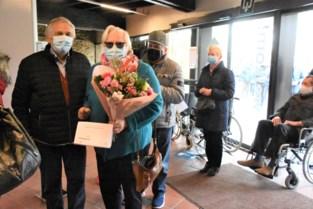 """Marie-Louise (78) en Joseph (84) vieren diamanten huwelijk met… een vaccin: """"We waren liever op restaurant gegaan maar dit is een mooi cadeau"""""""