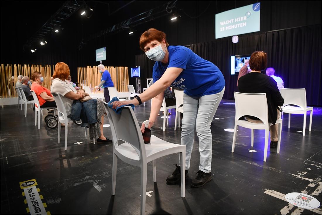 Vanaf vandaag kan je via 'My health viewer' controleren of j... - Het  Nieuwsblad Mobile