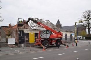 Stukje dorpsgeschiedenis voorgoed verloren: café 't Evenwicht gaat tegen de vlakte