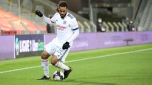Jason Denayer helpt Lyon met omgezette strafschop aan bekerzege tegen derdeklasser Red Star
