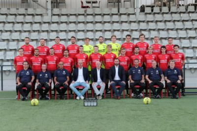 Fransen grijpen de macht bij Mandel United
