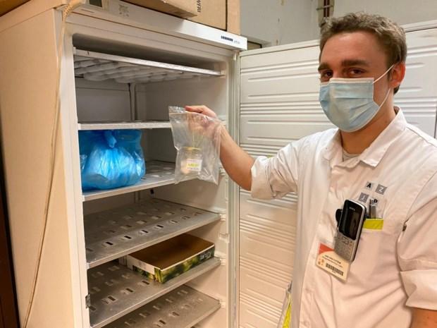 """AZ Jan Portaels neemt zweetstalen af bij Covid-patiënten: """"Die helpen bij trainen van speurhonden om virus te detecteren"""""""