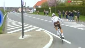 Rennersvakbond mengt zich dan toch in debat over weggooien van bidons en vraagt dat UCI nieuwe regels weer aanpast