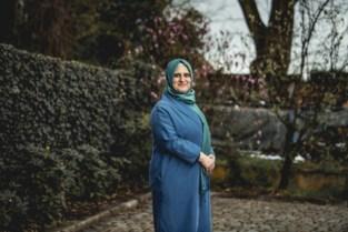 """Limburgse mama van drie (49) behaalt doctoraat ondanks borstkanker: """"Geef nooit op"""""""