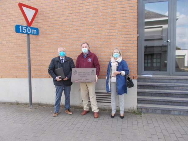 Gedenkplaat voor Brigade Piron krijgt opnieuw ereplek aan Sint-Vincentiusinstituut