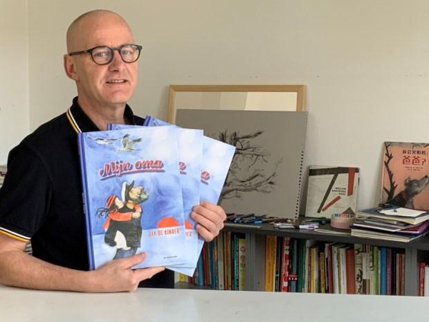 Jan De Kinder brengt met 'Mijn oma' een zevende prentenboek op de markt