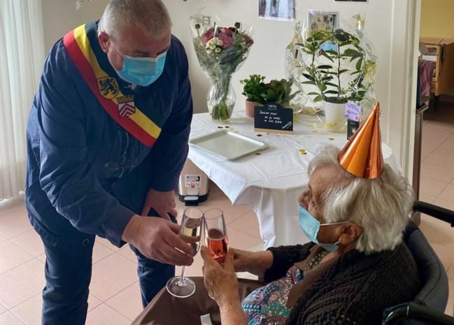 Reine viert honderdste verjaardag