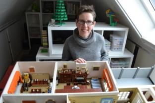 """Melissa (39) maakt met 15.000 legoblokjes woning van haar overleden mémé en bompa na: """"Een mooie herinnering"""""""