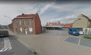 Warenhuis OKay vraagt uitbreiding van de parking
