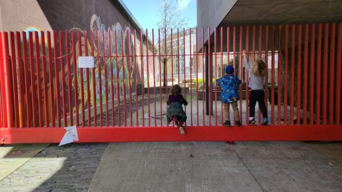 """Buurtbewoners willen dat Zennetuin weer geopend wordt: """"Tijdens corona net méér sociale controle"""""""