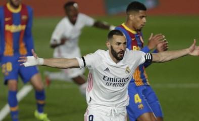 Pure klasse in de Clasico: Karim Benzema opent de score tegen FC Barcelona met héérlijke hakbal