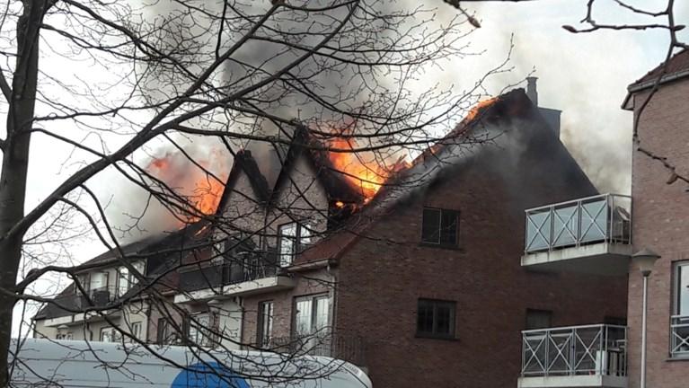 """Vrouw (91) overlijdt na brand in Opwijk: """"Ze was in paniek naar het ziekenhuis gebracht maar familie kon gelukkig nog afscheid nemen"""""""