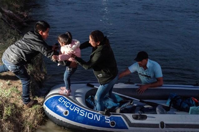 Bidens verantwoordelijke voor grensbeleid treedt na 100 dagen terug