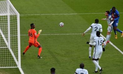 Chelsea klaart de klus tegen Crystal Palace in halfuurtje, Christian Benteke redt de eer met kopbalgoal