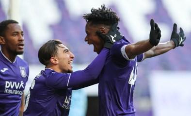 Anderlecht buigt achterstand om, wint topper van Club Brugge en doet reuzezaak in strijd om Play-off 1