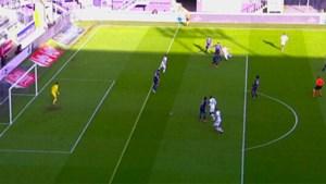 Afgekeurde goal van Ruud Vormer tegen Anderlecht was een kwestie van centimeters