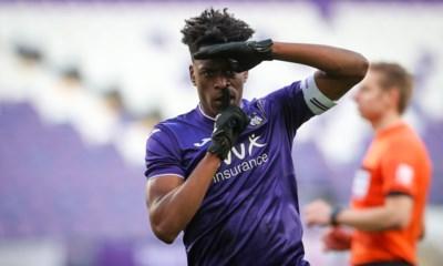 """Sambi Lokonga snoert Glen De Boeck de mond met winning goal na interview in onze krant: """"Geen blabla, ik antwoord op het veld"""""""