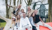"Influencers verlaten 'The social house' na bedreigingen en vuurpijlen: ""Dit was haat"""