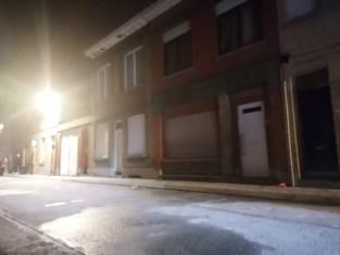 Vijf kinderen en moeder redden zichzelf uit brandende woning